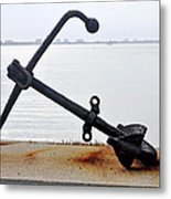 Rusty Black Boat Anchor By Sarasota Harbor Usa Metal Print