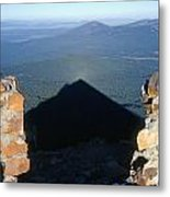 M-05715-shadow Of Mt. Mcloughlin Metal Print