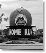 Shea Stadium Home Run Apple In Black And White Metal Print by Rob Hans