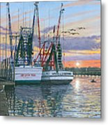 Shem Creek Shrimpers Charleston  Metal Print by Richard Harpum