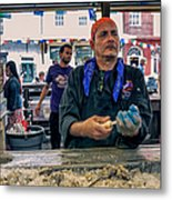 Shucking Oysters In The French Quarter Metal Print