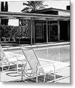 Sinatra Pool Bw Palm Springs Metal Print