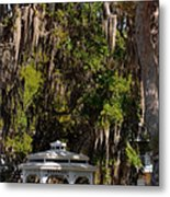 Southern Gothic In Mount Dora Florida Metal Print by Christine Till