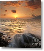 Splash Of Paradise Metal Print by Mike  Dawson