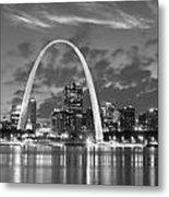 St. Louis Skyline At Dusk Gateway Arch Black And White Bw Panorama Missouri Metal Print