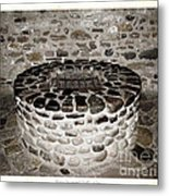 Stone Well At Old Fort Niagara Metal Print