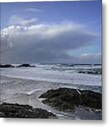 Storm Rolling In Wickaninnish Beach Metal Print