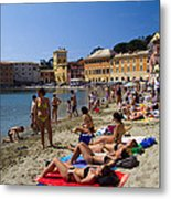 Sun Bathers In Sestri Levante In The Italian Riviera In Liguria Italy Metal Print