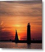 Sun Set At The Muskegon Lighthouse Metal Print
