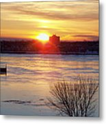 Sunrise On A Cold Frozen Niagara River Metal Print