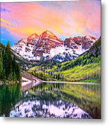 Sunset At Maroon Bells And Maroon Lake Aspen Co Metal Print by James O Thompson
