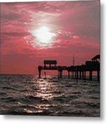 Sunsetting On The Gulf Metal Print
