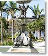 Swan Fountain In Lakeland Metal Print