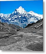 Swiss Alps - Schreckhorn And Valley In Black And White Metal Print