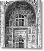 Taj Mahal Close Up In Black And White Metal Print