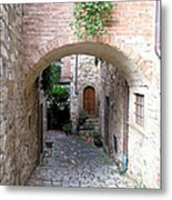 The Alleyway To Home Metal Print