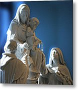 The Gift Of The Rosaries Statue Metal Print