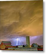 Thunderstorm Hunkering Down On The Farm Metal Print