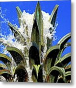 Top Of The Pineapple Fountain Metal Print by Tammy Wallace