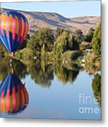 Touchdown On The Yakima River Metal Print