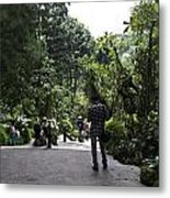 Tourists Inside A Downward Sloping Section In The Orchid Garden Metal Print