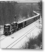 Train Approaching Metal Print