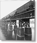 Train On A Trestle Metal Print