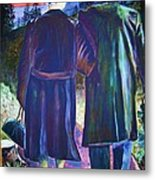 Twilight Couple Metal Print by Linda Vaughon