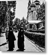 Two Nuns- Black And White - Novodevichy Convent - Russia Metal Print