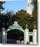 Uc Berkeley . Sproul Plaza . Sather Gate And Sather Tower Campanile . 7d10027 Metal Print