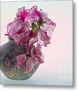 Vase Of Pretty Pink Sweet Peas 2 Metal Print