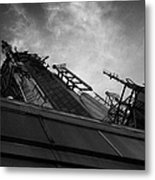 View Of The Top Of The Empire State Building Radio Mast New York City Metal Print