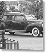 Vintage Lincoln Limo Black N White Metal Print
