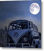 Vintage Vw Bus Parked At The Beach Under The Moonlight Metal Print