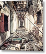 Walk Of Death - Abandoned Asylum Metal Print by Gary Heller