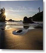 Washington Beach Sunstar Dusk Metal Print