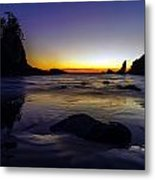 Washington Coast Tides Retreat Metal Print