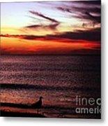 Watching The Sunset Metal Print by Doris Wood
