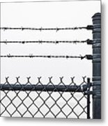 Wet Barbed Wire Fence In Heavy Fog E69 Metal Print