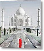 Woman In Red Sari Praying At Taj Mahal Metal Print