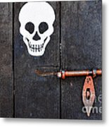 Wooden Door Metal Print by William Voon
