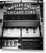 Wrigley Field Chicago Cubs Sign In Black And White Metal Print