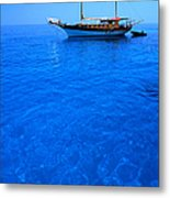 Yacht Anchored In The Spectacular Metal Print