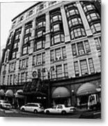 yellow cabs wait outside Macys at Broadway and 34th Street Herald Square new york Metal Print