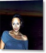 016 A Sunset With Eyes That Smile Soothing Sounds Of Waves For Miles Portrait Series Metal Print