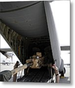 Aircrew Load An M777 A2 Howitzer Onto Metal Print