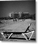 Empty Sun Lounger On Cyprus Tourist Organisation Municipal Beach In Larnaca Bay Republic Of Cyprus Metal Print
