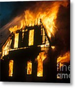 House On Fire Metal Print by Photo Researchers, Inc.
