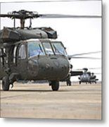 Uh-60 Black Hawks Taxis Metal Print
