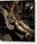U.s. Army Specialist Practices Giving Metal Print